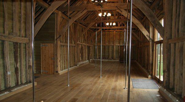 филиал крупнейшей британской «The Pole Studio»
