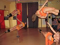 888-Pole Dance School